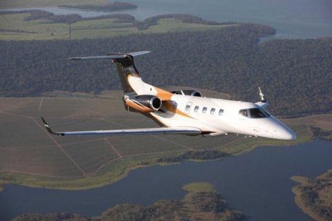 Phenom 300 - Embraer