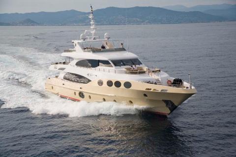 Grenadines III 39m - Majesty Gulf Craft