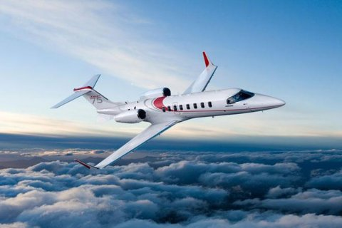 Empty leg from Pula to London on Bombardier - Learjet 75